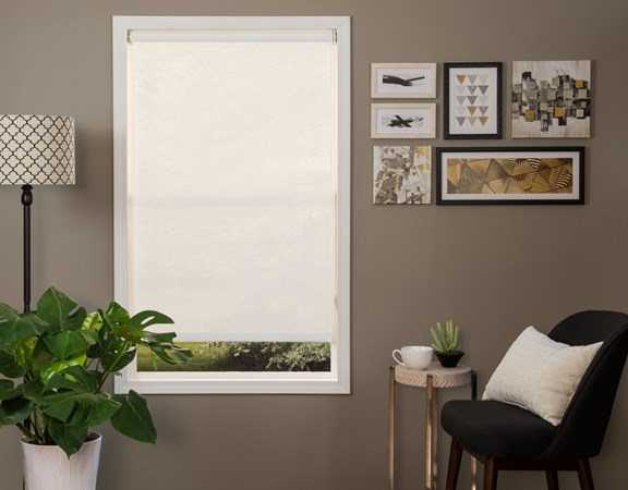 Standard Solar Shade Palermo 5% Frost Room Scene